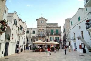 Cisternino-piazza